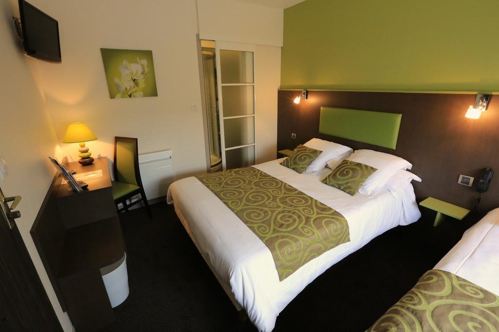 hotel-palais-saint-malo-palais-double-lit-vert-1