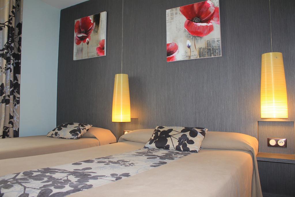 hotel-palais-saint-malo-palais-double-lit-fleur