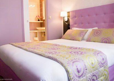 hotel-palais-saint-malo-palais-double-lit-violet-2